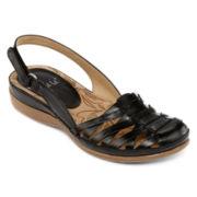 Yuu™ Demille Flat Sandals