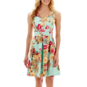 Tiana B. Sleeveless V-Neck Floral Print Fit-and-Flare Dress
