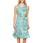 Robbie Bee® Sleeveless Printed Chiffon Dress
