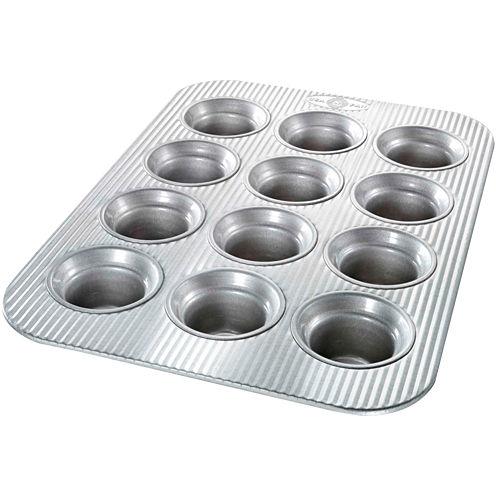 USA Pan™ 12-Cup Crown Muffin Pan