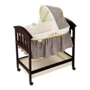 Summer Infant® Classic Comfort Wood Bassinet - Fox & Friends