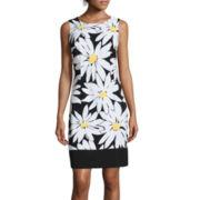 Ronni Nicole Sleeveless Daisy Print Shift Dress