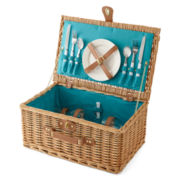 Outdoor Oasis™ Willow Picnic Basket