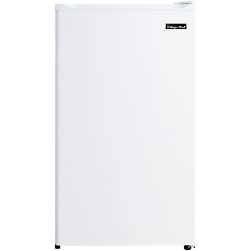 Magic Chef® 3.5 cu. ft. Refrigerator