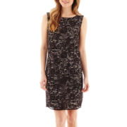Stella Parker Sleeveless V-Back Lace Sheath Dress