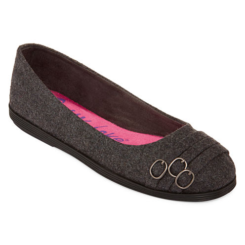 Guppy Love® Gaet Flannel Multi-Strap Buckle Flats
