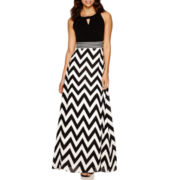 Studio 1® Sleeveless Chevron Maxi Dress