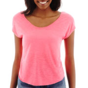 Decree® Sleeveless Twist-Back T-Shirt
