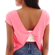 Decree® Sleeveless Twist-Back T-Shirt
