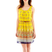 Love Reigns Sleeveless Print Belted Chiffon Dress