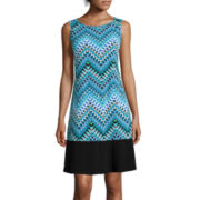 RN Studio by Ronni Nicole Sleeveless Chevron Shift Dress