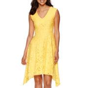 Studio 1® Sleeveless Daisy Lace Sharkbite Fit-and-Flare Dress