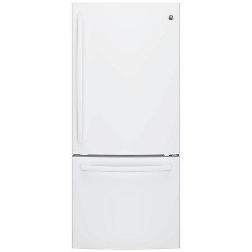 GE® Series ENERGY STAR® 20.9 Cu. Ft. Bottom Freezer Refrigerator