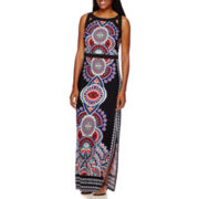 Sangria Sleeveless Medallion-Print Maxi Dress