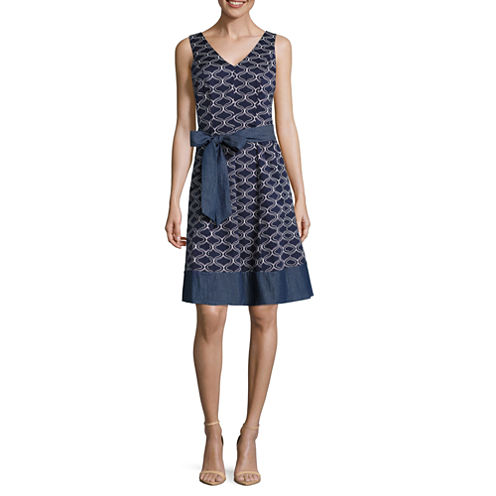 Robbie Bee Sleeveless Geometric Fit & Flare Dress-Petites