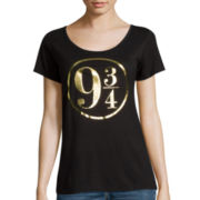 Hogwarts Short-Sleeve Graphic Tee