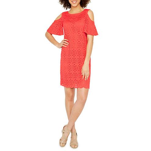 Ronni Nicole Cold Shoulder Lace Shift Dress