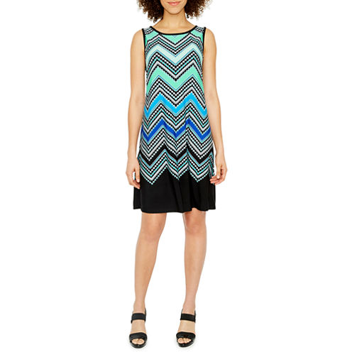 Ronni Nicole Sleeveless Chevron Shift Dress
