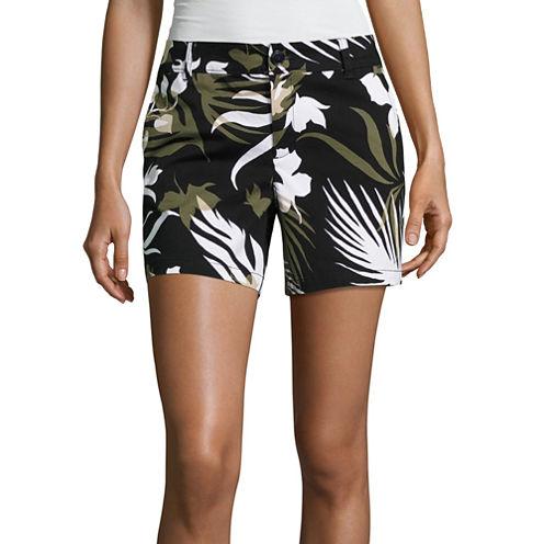 "Liz Claiborne 5"" Knit Chino Shorts"
