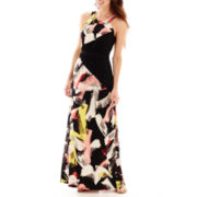Sangria Sleeveless Graphic Print Knit Halter Maxi Dress