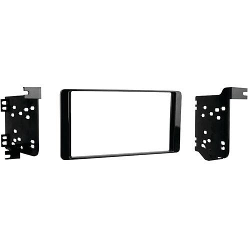 Metra 95-7015CHG 2014 & Up Mitsubishi Outlander Double-DIN Installation Kit