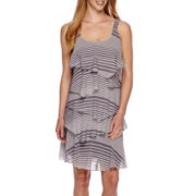 Robbie Bee® Sleeveless Abstract Stripe Tiered Shift Dress