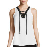 by&by Sleeveless Contrast Lace-Up Top
