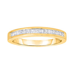 1/4 CT. T.W. Diamond 10K Yellow Gold Princess-Cut Band Ring