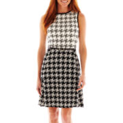 Studio 1® Sleeveless Belted Houndstooth Dress