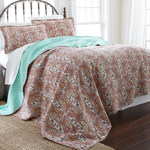 Pacific Coast Textiles Arsenia Reversible Quilt Set