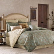BiniChic Foscari 4-pc. Reversible Comforter Set & Accessories