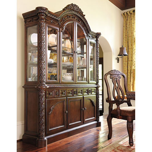 Signature Design by Ashley® North Shore China Hutch
