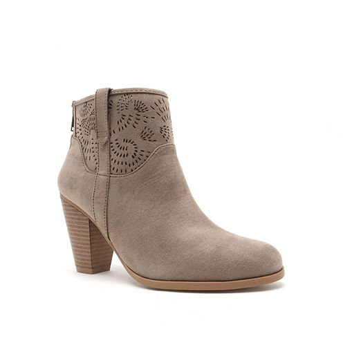 Qupid Nixon Perforated Ankle Booties