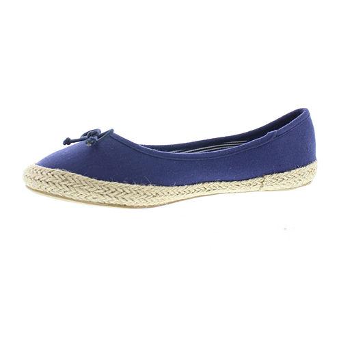 Gold Toe Daisy Womens Slip-On Shoes