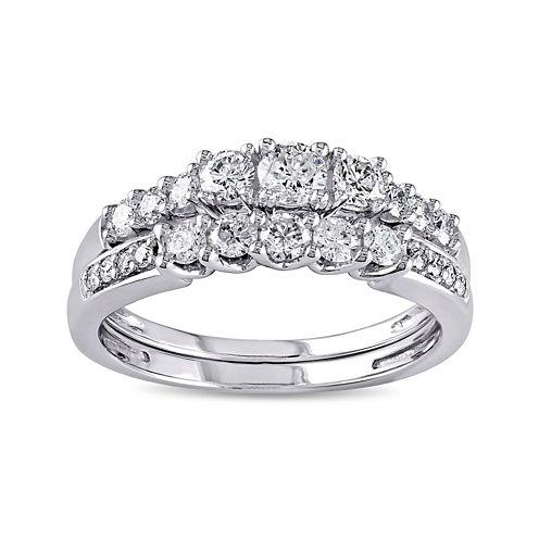 4/5 CT. T.W. Diamond 14K White Gold Bridal Ring Set