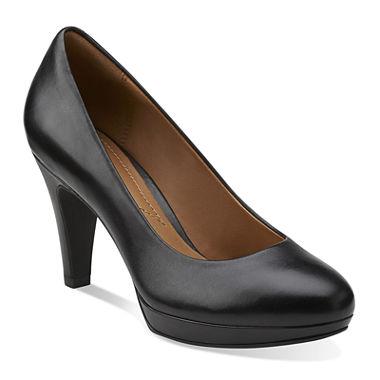 Clarks Brier Dolly Medium Width Pump Shoes