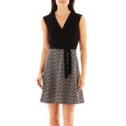 Studio 1® Sleeveless Flared Chevron Print Dress