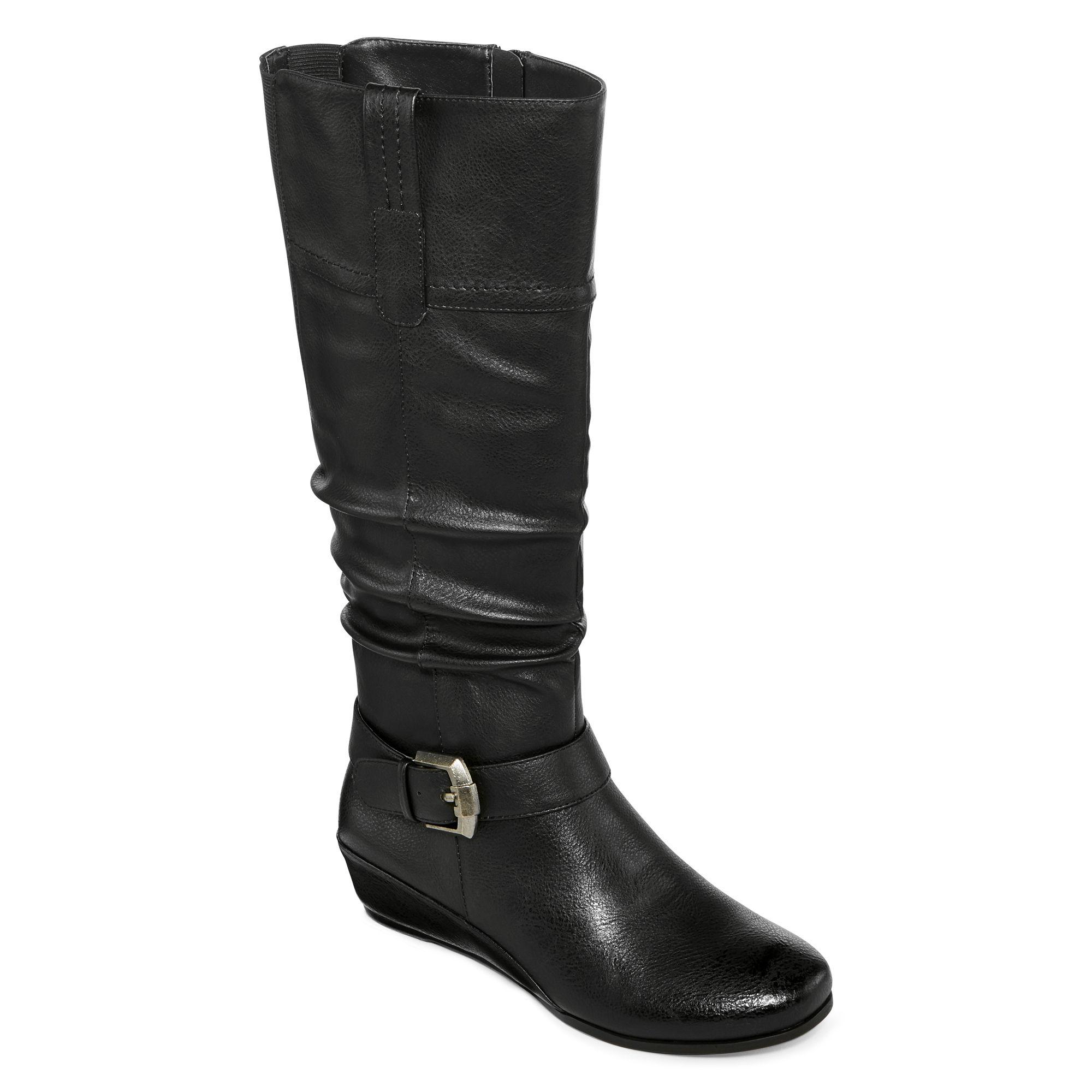 Yuu Simona Wide Calf Wedge Buckled Boots