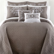 Royal Velvet® Briarcliff Medallion Quilted Bedspread & Accessories