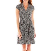 Liz Claiborne® Short-Sleeve Faux-Wrap Dress – Petite