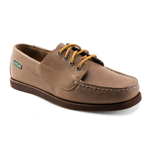 Eastland® Falmouth Womens Leather Boat Shoes in Wide Width