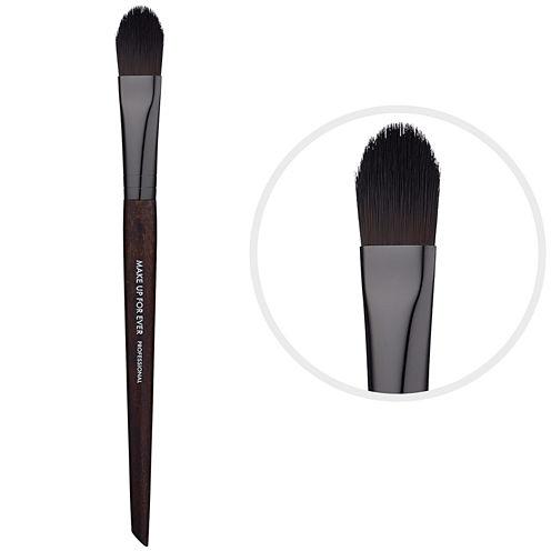 MAKE UP FOR EVER 176 Medium Concealer Brush
