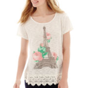Short-Sleeve Crochet-Hem Graphic T-Shirt