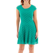 Ronni Nicole Short-Sleeve Circle Stretch Lace Fit-and-Flare Dress - Petite
