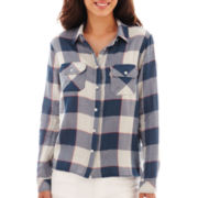 Levi's® Long-Sleeve Button-Front Plaid Shirt