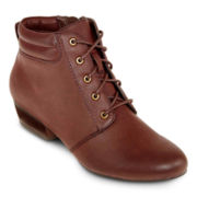 Yuu™ Tandem Lace-Up Booties