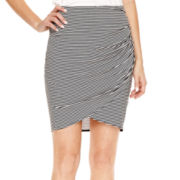a.n.a® Ruched Short Skirt