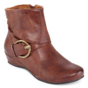 Yuu™ Swell Buckle Booties