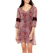 Love Reigns Crochet-Inset Sleeve Print Chiffon Dress
