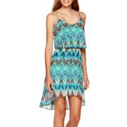 Love Reigns Sleeveless Belted Chevron Popover Dress